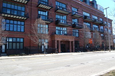 Grand Rapids Condo/Townhouse For Sale: 600 Broadway Avenue #604