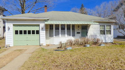 Cass County Single Family Home For Sale: 308 W Division Street