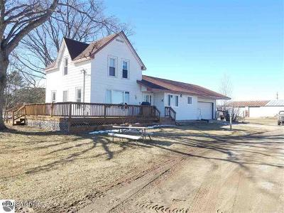 Mesick Single Family Home For Sale: 10702 W 16 Road