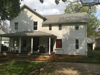 Eaton County Single Family Home For Sale: 203 S Main Street