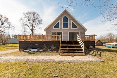 St. Joseph Single Family Home For Sale: 2106 Derfla Drive