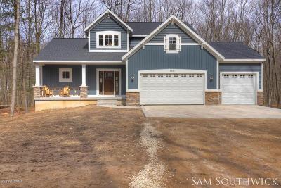 Rockford Single Family Home For Sale: 8636 Nugent Avenue NE