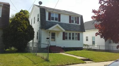 Grand Rapids Single Family Home For Sale: 838 Griggs SE