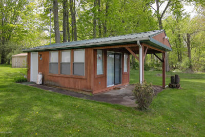 Allegan Single Family Home For Sale: 3115 Minkler Lake Road