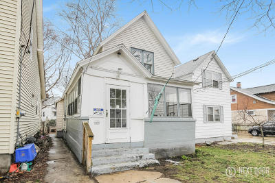 Grand Rapids Single Family Home For Sale: 922 Lincoln Ave NW