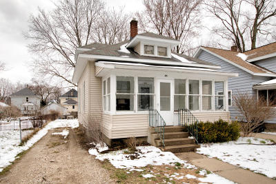 Holland Single Family Home For Sale: 105 E 23rd Street