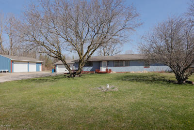 South Haven Single Family Home For Sale: 70400 8th Ave