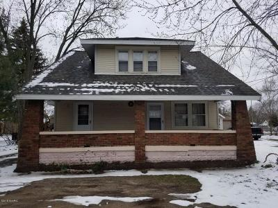 Grand Rapids Single Family Home For Sale: 4049 Division Avenue S
