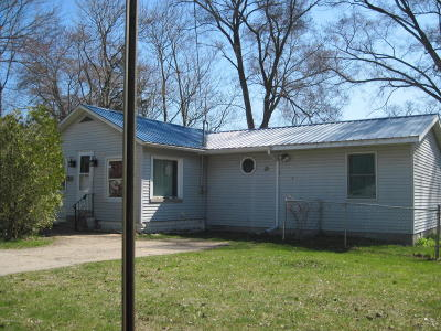 Muskegon Single Family Home For Sale: 2130 Crowley Street