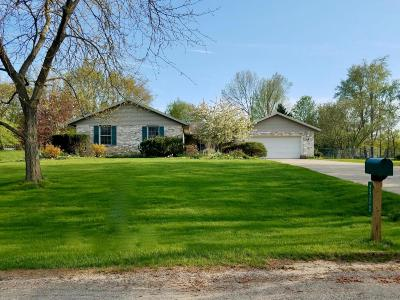 Berrien Springs Single Family Home For Sale: 2772 Ridgewood Trail