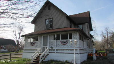 Reading Single Family Home For Sale: 404 E Michigan Street