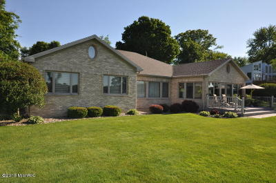 Cass County Single Family Home For Sale: 16793 Lakeview Drive