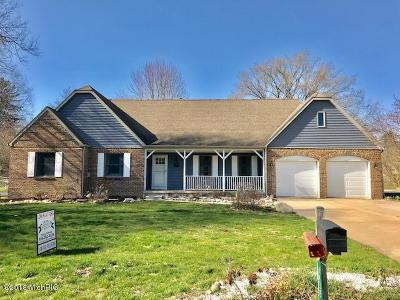 Barry County Single Family Home For Sale: 1435 Bridle Path