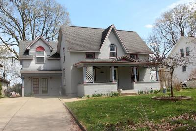 Niles MI Single Family Home For Sale: $165,000