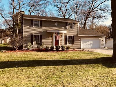 Norton Shores MI Single Family Home For Sale: $209,900