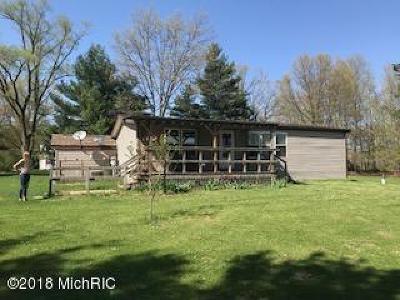 Dowagiac Single Family Home For Sale: 60131 M-51