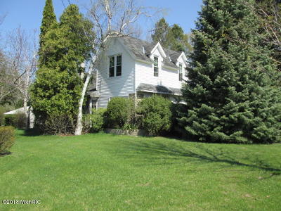 Hart Single Family Home For Sale: 3573 N State Street