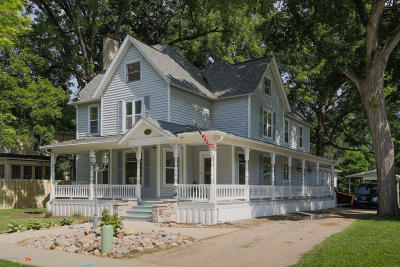 Plainwell Single Family Home For Sale: 414 W Bridge Street