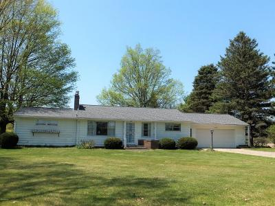 Edwardsburg Single Family Home For Sale: 69960 Five Points Road