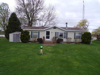 Van Buren County Single Family Home For Sale: 48322 68th Street