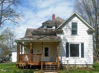 St. Joseph County Single Family Home For Sale: 610 Pine Street