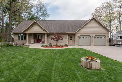 Newaygo County Single Family Home For Sale: 5186 S Gordon Avenue