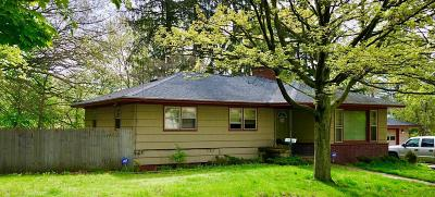 Muskegon Heights Single Family Home For Sale: 3330 Leahy Street
