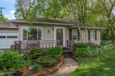 Grand Rapids MI Single Family Home For Sale: $169,000