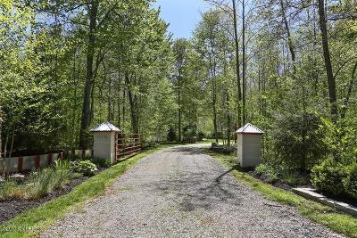 New Buffalo MI Single Family Home For Sale: $1,075,000