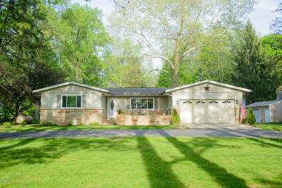 Cass County Single Family Home For Sale: 62043 M-40