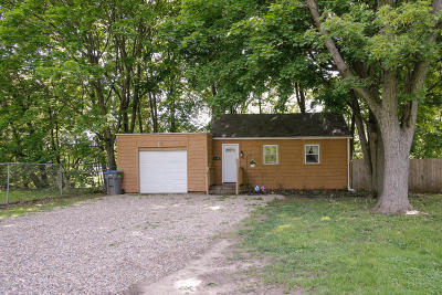 St. Joseph County Single Family Home For Sale: 606 S Clay