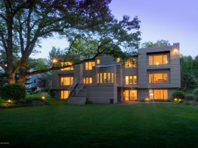 Kalamazoo Single Family Home For Sale: 5549 Blue Spruce Lane