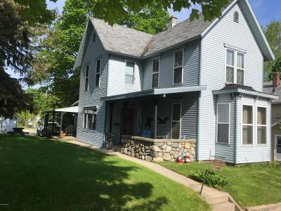 Single Family Home Sold: 295 N Michigan Avenue