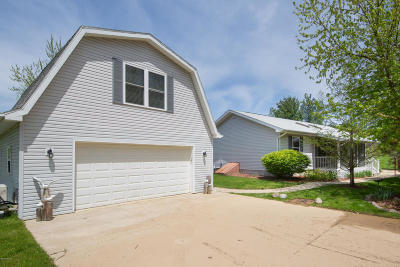 South Haven Single Family Home For Sale: 7223 A Street
