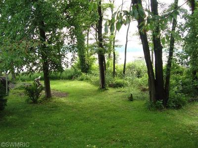 Berrien County Residential Lots & Land For Sale: 7922 Lakewood Drive S