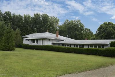 Berrien County Single Family Home For Sale: 10331 Jericho Road