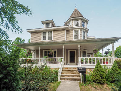 Paw Paw Single Family Home For Sale: 211 N Gremps Street