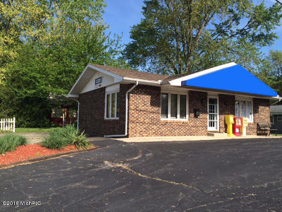 Coloma Single Family Home For Sale: 4891 Wil-O-Paw Drive
