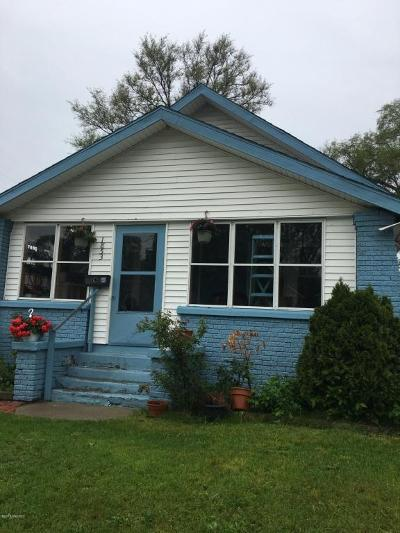 Single Family Home For Sale: 1853 Ruby Place SE