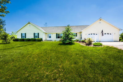Watervliet Single Family Home For Sale: 69497 68th Avenue
