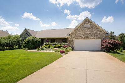 Van Buren County Single Family Home For Sale: 29418 Heritage Lane