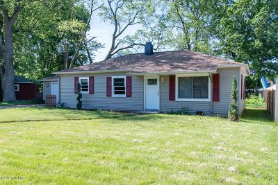 Springfield Single Family Home For Sale: 733 Upton Avenue