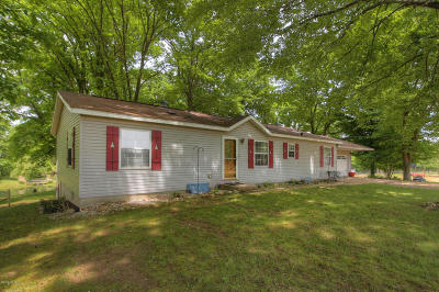 Allegan County Single Family Home For Sale: 3679 36th Street