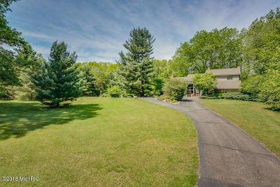 Stevensville Single Family Home For Sale: 4754 Ridge Road