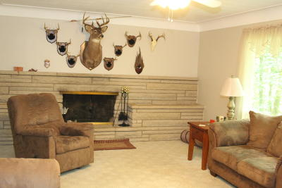Springfield Single Family Home For Sale: 1280 Westlake Woods Drive
