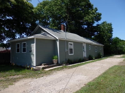 Manistee County Single Family Home For Sale: 224 Hughes Street