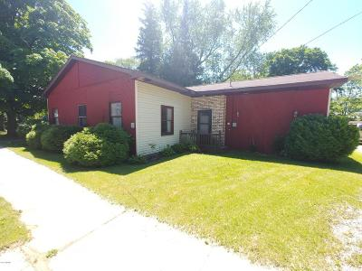 Gladwin County Single Family Home For Sale: 143 W Brown St Street