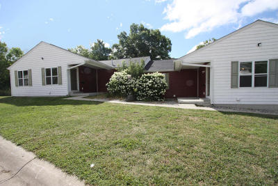 Kalamazoo Multi Family Home For Sale: 1327/1329 Fraternity Village