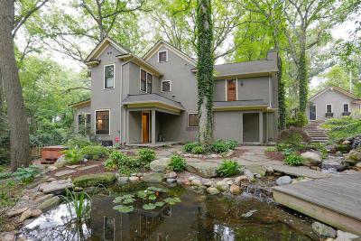 Kalamazoo County Single Family Home For Sale: 2202 Glenwood Drive