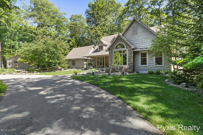 Muskegon County, Newaygo County, Oceana County, Ottawa County Single Family Home For Sale: 6070 Scenic Woods Circle N #18